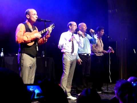 The Blanks (Ted's Band From Scrubs) Hey Ya - Live in Berlin