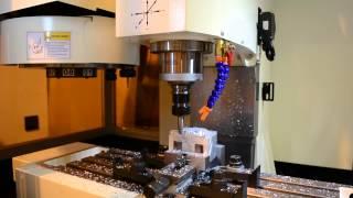 видео Настольный фрезерный станок с ЧПУ по металлу