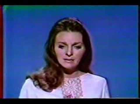 Judy Collins - I Think It's Going To Rain Today