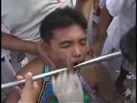 Lễ hội hành xác tại Thái Lan 2