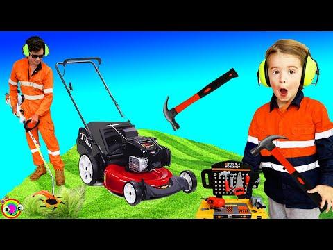 Lawn Mowers For Kids | Yardwork BLiPPi Toys | Min Min Playtime