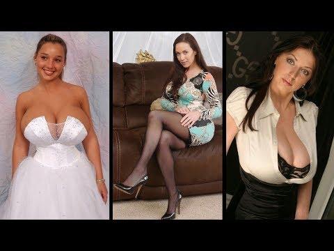Most Beautiful Women wearing Sexy Tight Dress & LingerieKaynak: YouTube · Süre: 2 dakika21 saniye