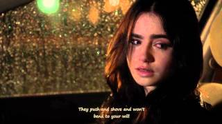 BETWEEN THE BARS [LYRICS] - STUCK IN LOVE - KISSING SCENE