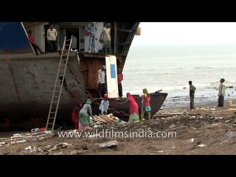 Ship breaking workers at Alang, Bhavnagar