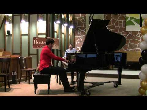 Jean-Philippe Sylvestre lors du concert annuel de l'Académie de piano Georges Bolte 2013