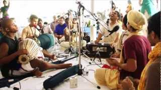 Bhajan - Amala Kirtan das - Toronto 24hr Kirtan - 9