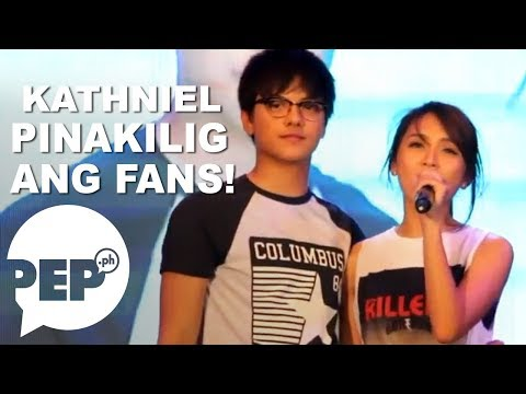 Daniel Padilla and Kathryn Bernardo singing