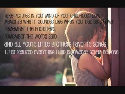 Never grow up - Taylor Swift with Lyrics