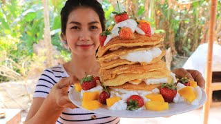 Yummy cooking egg cake with strawberries recipe - Natural Life TV Cooking