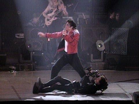 Michael Jackson - Beat It Live in Bucharest 1992 (HD)