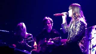 Download lagu Kelly Clarkson - You're Still the One (Shania Twain Cover) - Windsor, ON 3/8/12