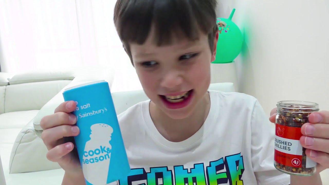 Катя и торт для папы