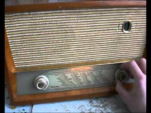 Telekomunikacije Ljubljana Vesna 58B Tip RA 20 Tube Radio from Yugoslavia