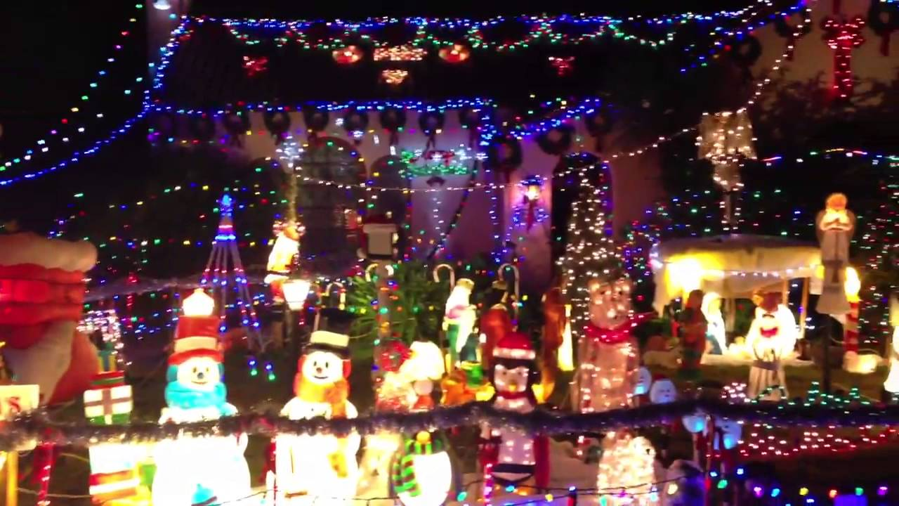 house with crazy christmas lights
