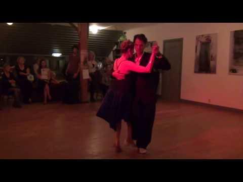 Peter & Ina Tormenta Di Sarli dec 2015 streaming vf