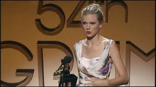 """Download Lagu Taylor Swift won 2 Grammys for """"Mean"""" at the 54th Annual Grammy Awards in 2012 mp3"""