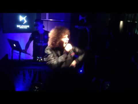 Robin Schulz ft. Francesco Yates - Sugar