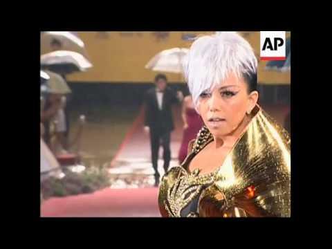 Taiwan pop diva  A-Mei, Chang Hui-Mei sweeps the 21th Golden Melody Awards