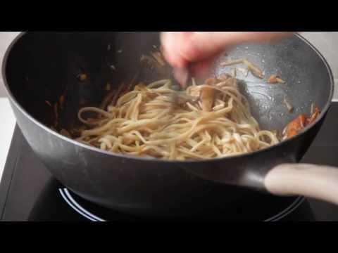 Лапша удон с овощами. Китайская еда видео рецепты.