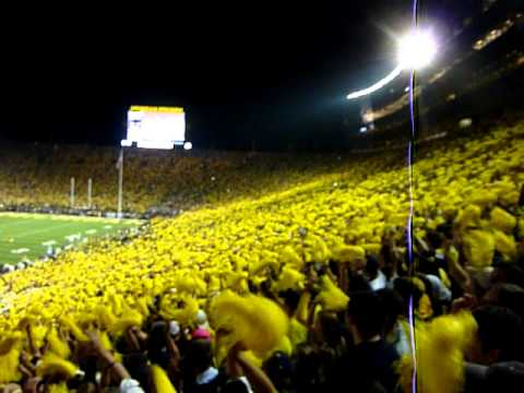 Notre Dame vs Michigan 2011 - Seven Nation Army Chant and Michigan Stadium LOUD