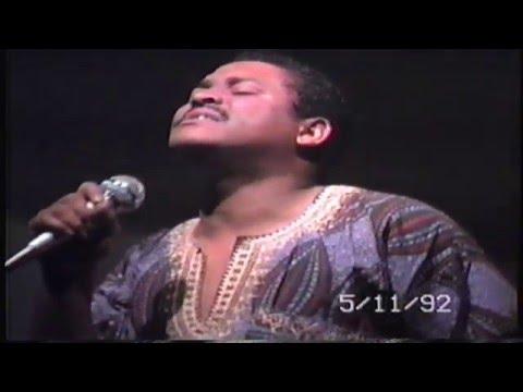 Jeffrey Walker Sings Your Face Off