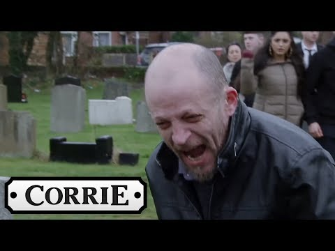 Coronation Street - Macca Helps Clayton Escape Prison