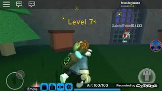 Losing to everything (playing Flood Escape 2 in Roblox) VCs will not like