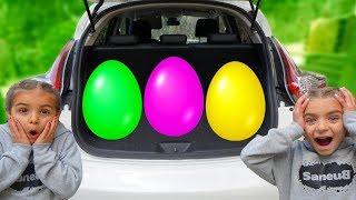 Las ratitas encuentran huevos gigantes de colores aprende ingles para niños for kids