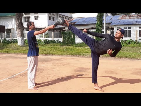 How to Do a Roundhouse Kick/ Roundhouse Kick kese Kare in hindi