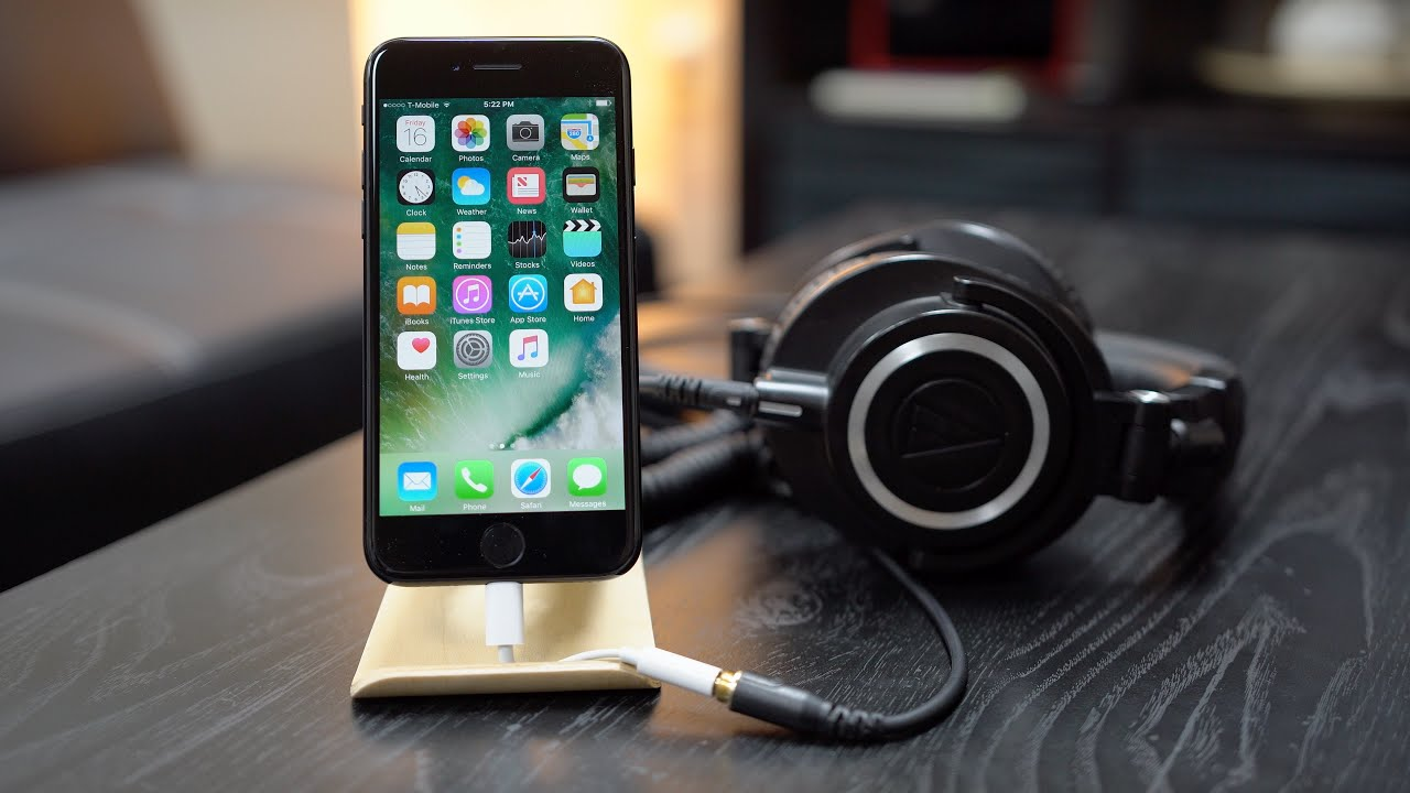 Listening test: Apple's Lightning EarPods sound better than