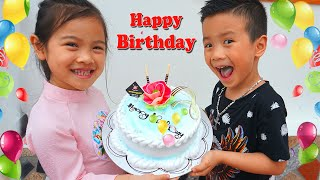 Happy Birthday to Roma surprise gift from Diana/ Nursery Rhymes song for kids