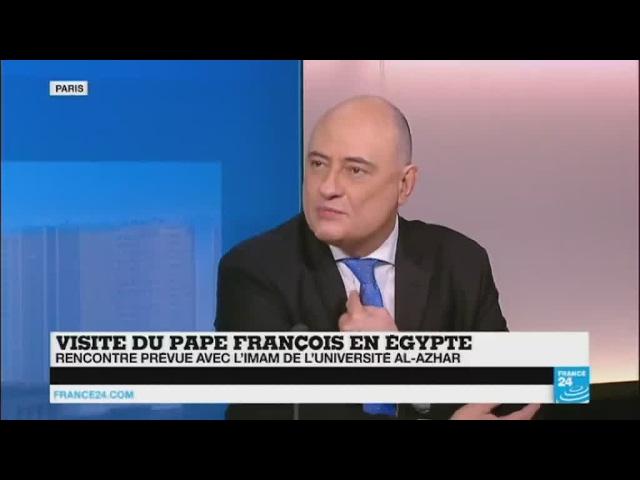 Renouer avec les musulmans et rassurer les coptes : les enjeux de la visite du pape François en Égypte - France 24