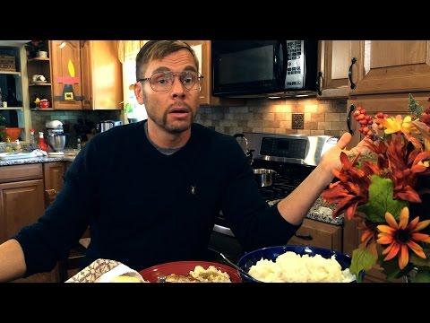 dad-at-thanksgiving-dinner