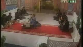 MEHFIL e SHAB Munni Begum Aye mere humnasheen