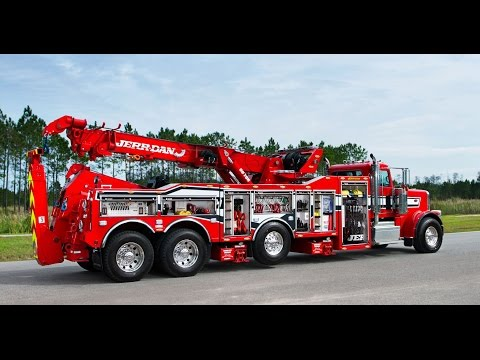 Mighty Machines Giant Tow Trucks