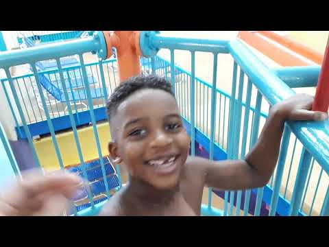 Niagara Falls Ontario, Skyline Hotel & Indoor Water Park VayK - Part 1