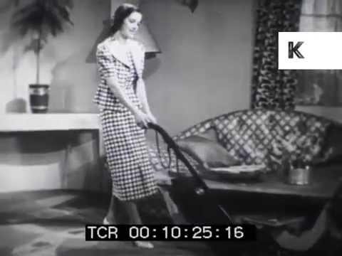 30s 40s Housewife Uses Vacuum Cleaner