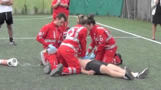 La Croce Rossa di Sant'Olcese simula un intervento con il defibrillatore