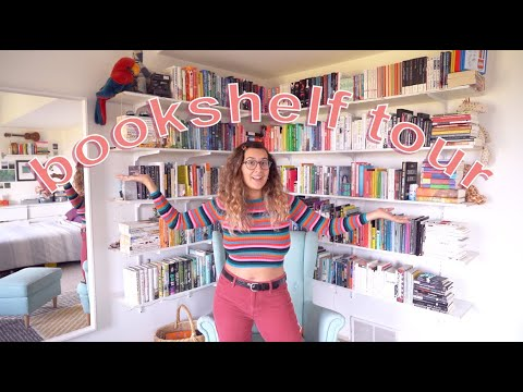 MY BOOKSHELF TOUR!