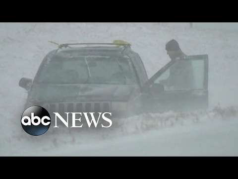 Severe winter storms moving across the Midwest tonight