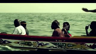 Fatoumata Diawara - Clandestin (Official)
