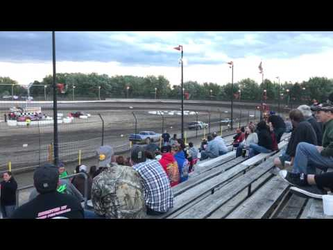 Streetstock heat race #1 at sycamore speedway