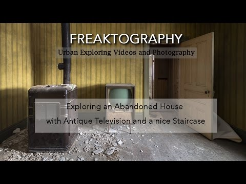 Exploring an Abandoned House with Antique Television and a nice Staircase