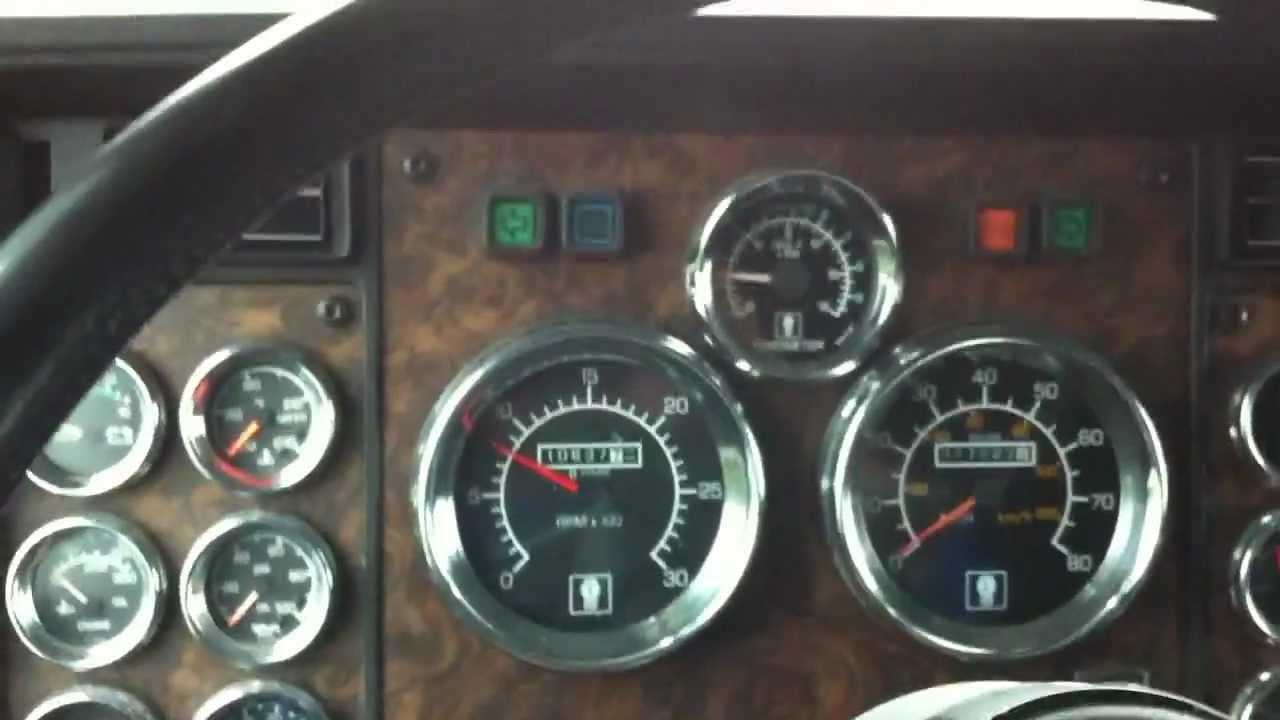 1994 Kenworth T600 Semi Truck Interior Shot