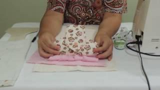 Bate mão de vestidinho em tecido