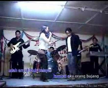 Gilbert Gaong & Jessica Timah - Udah Laun Nuan Nesal