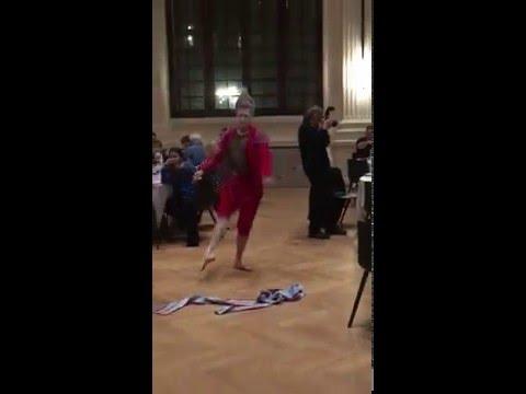 Olivier KOENIG danseur del castillo  théâtre vevey  Pole Dance Genève Geneva Suisse Vert Liberaux