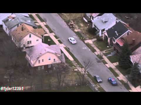 HD: (FULL) Police chase of Dodge Charger through Detroit 12/16/15