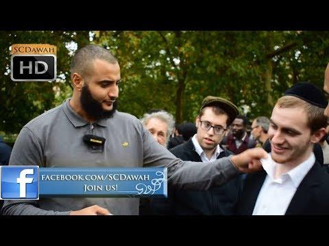 Jewish Police!? Mohammed Hijab Vs Jewish Visitors | Speakers Corner | Hyde Park