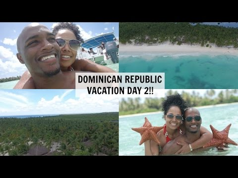 SWIMMING IN THE OCEAN | DOMINICAN REPUBLIC